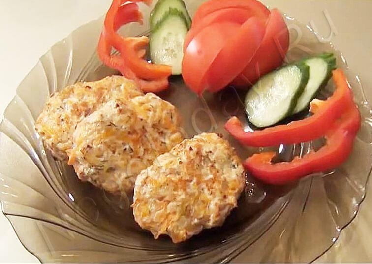 Видео рецепт. Котлеты из куриного фарша – самое сочное и нежное блюдо из птицы!