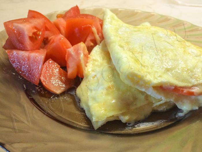 Омлет и овощи - завтрак для похудения