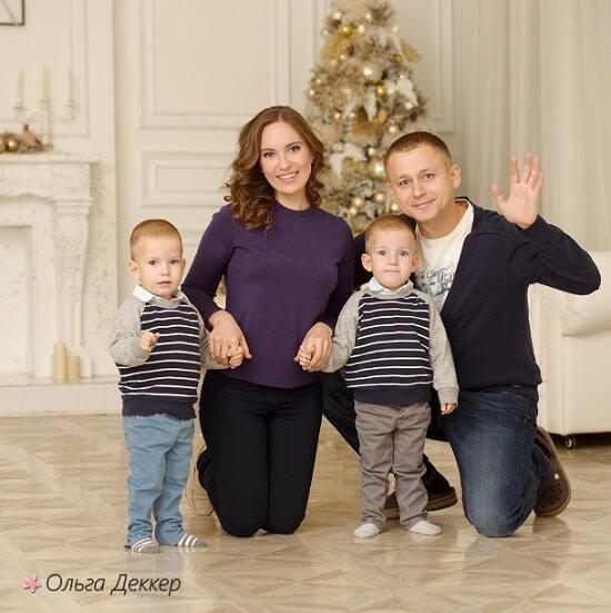 Ольга Деккер и семья