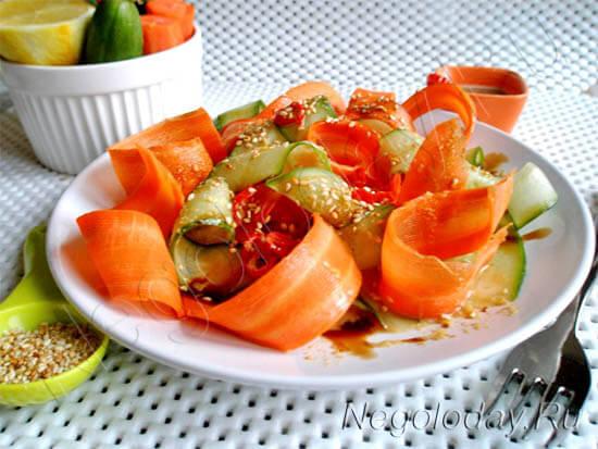 Попробуйте низкокалорийный салат из овощей — удовольствие и стройность неизбежны...