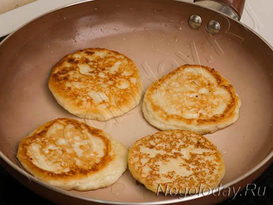 Как сделать вкусные сырники из творога с фото с манкой