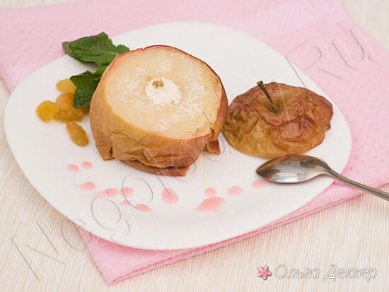 Диетический десерт из яблока и творога
