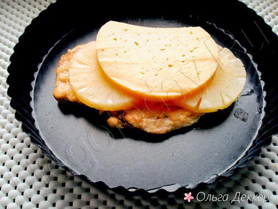 Куриная грудка с ананасами в духовке - сногсшибательный вид и вкус