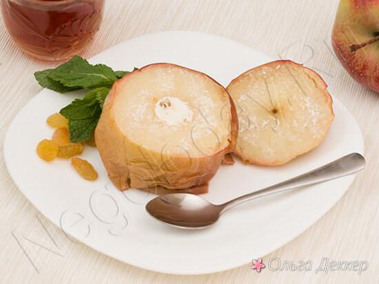 Яблоки запеченые с творогом